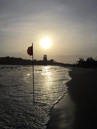 Lighthouse Beach: beach
