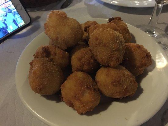 Ribadedeva Municipality, Spain: Croquetas de jamón.... Riquísimas