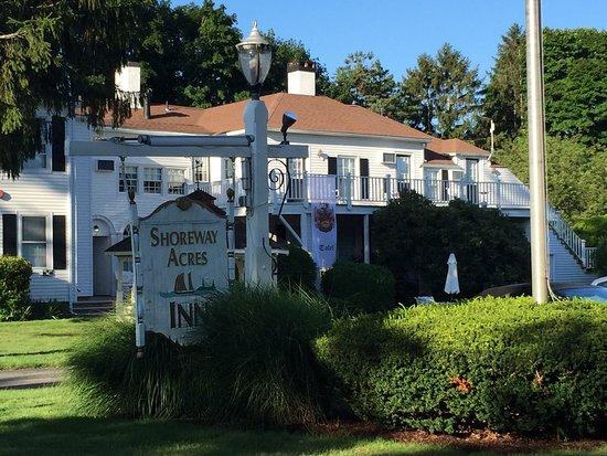 ShoreWay Acres Inn & Cape Cod Lodging: photo0.jpg