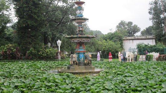 Garden Of The Maidens (Sahelion Ki Bari): Garden Of The Maidens (Sahelion