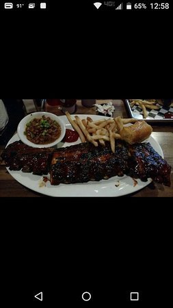 One Hot Mama's American Grille: Best Ribs Ever!