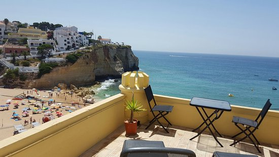 O Castelo Guest House: Stunning views from our terrace!