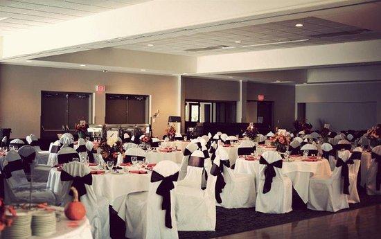 Duncan, Kanada: Ballroom
