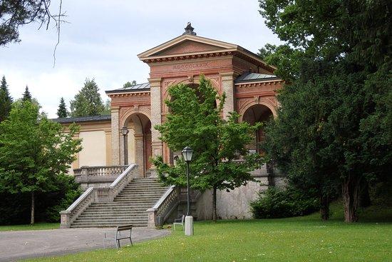 Hotel Pension Herbert: Kommunalfriedhof