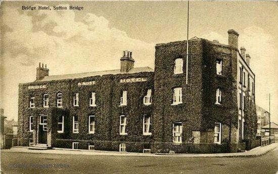 The Bridge Hotel at Sutton Bridge: Then and now :(