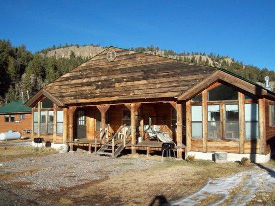 South Fork, CO: Cabin Pea Eye Sleeps 2