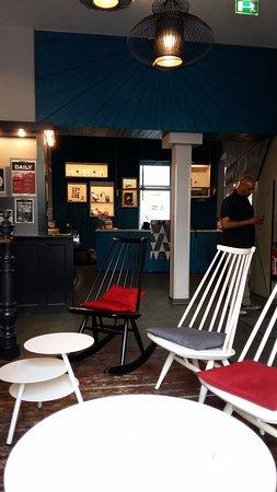 The Circus Hostel: Lobby