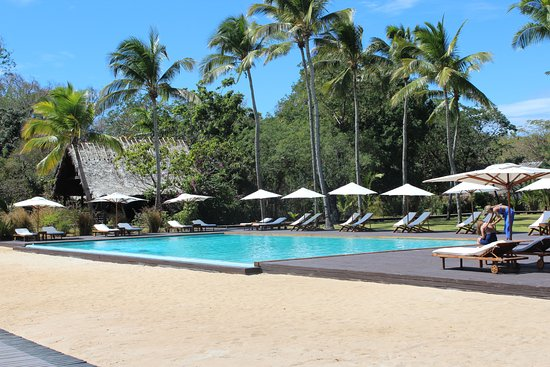 Anjajavy L'Hotel: Fabulous pool with easy steps for access