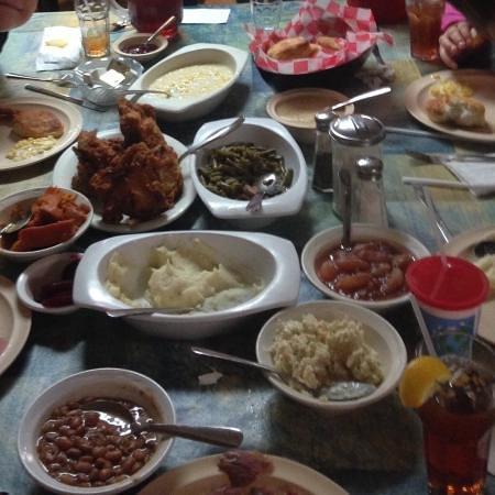 Crumpler, NC: Family style dinner.