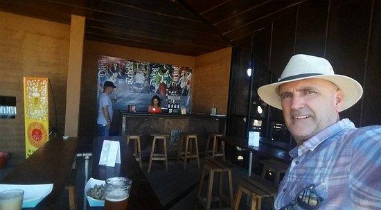 Craft beer tasting at media perra in baja 39 s wine country for Craft beer san antonio