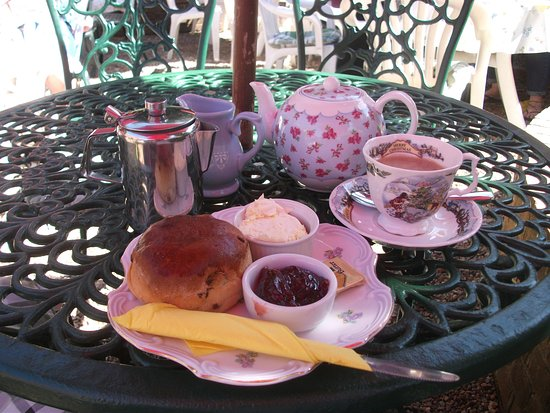 Hartfield, UK: ピグレットのクリームティー/Piglet's cream tea