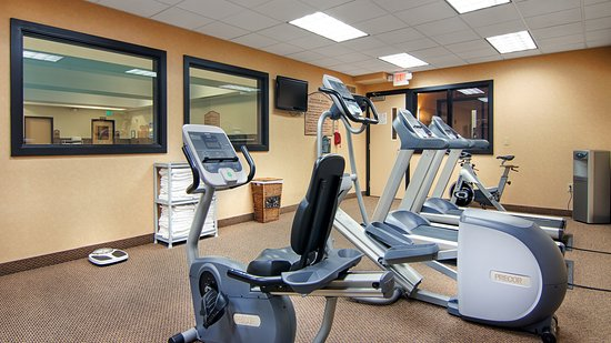 Grand Hotel At Bridgeport: Fitness Room