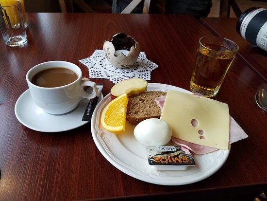 Patreksfjorour, İzlanda: Breakfast