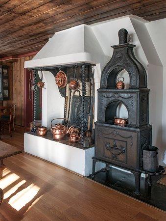 Gran Municipality, Norwegia: Gregersstua fra 1657 innbyr til hyggelig samvær