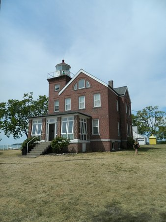 South Bass Island Lighthouse: Lighthouse