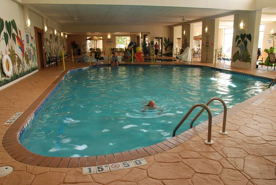 The Plaza Hotel Suites Pool