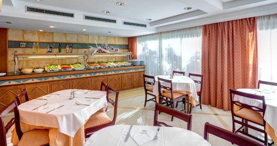 Hotel Metropolitan Playa : Restaurant