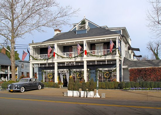 Washington, VA: Main Inn & Valet Parking
