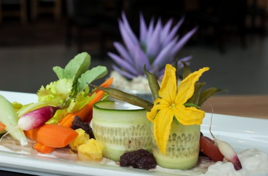 Oberlin, OH: Crudite