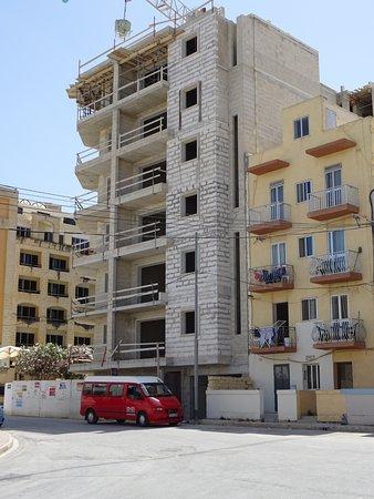 Club Riza Aparthotel: View from balcony.