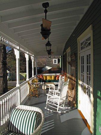 Washington, VA: Parsonage House Porch