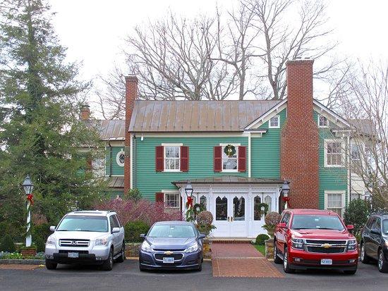 Washington, VA: Parsonage House Entrance from Parking Lot