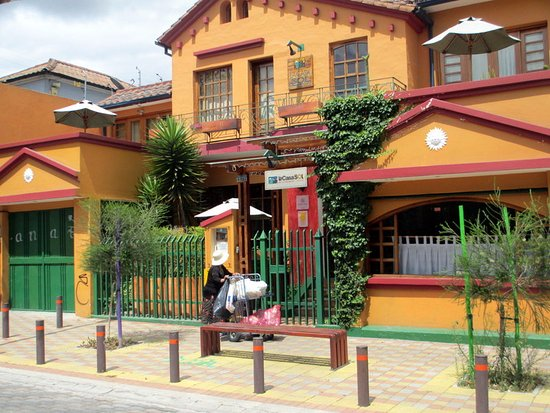 La Casa Sol Bed and Breakfast: Front view of La Casa Sol in Quito