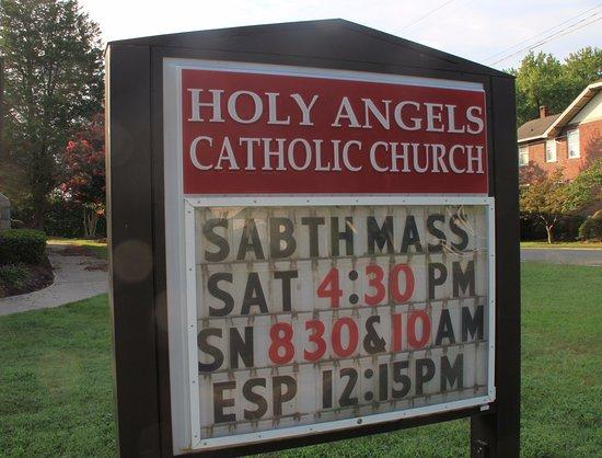 Mount Airy, Karolina Północna: Weekend Masses on Sat&Sun, English and Spanish