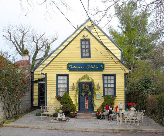 Washington, Virginie : Shops Across from Parsonage House & Main Inn