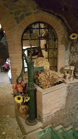 Lubriano, İtalya: 20160815_140517_large.jpg