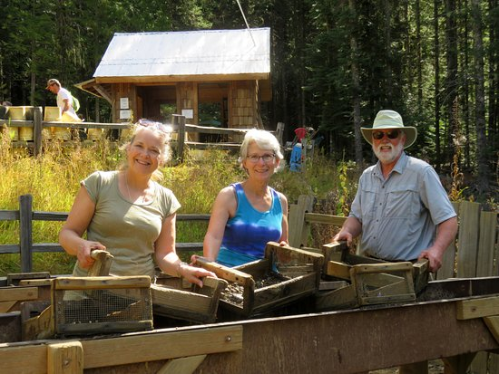 Saint Maries, ID: Three happy garnet hunters.