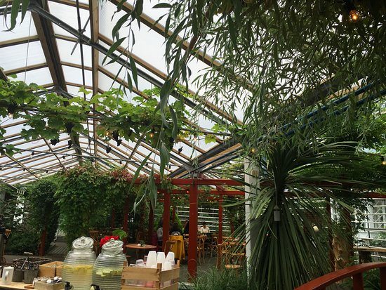 Attractive Floran Cafe/Bistro: Cafe Flora Inside Greenhouse In The Botanical Gardens