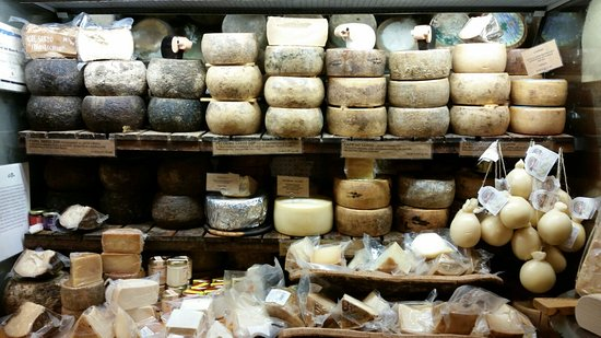 Sapori di Sardegna: Selezione stupenda di formaggi tipici