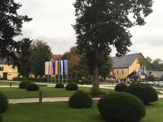 Klostergasthof Raitenhaslach: photo2.jpg