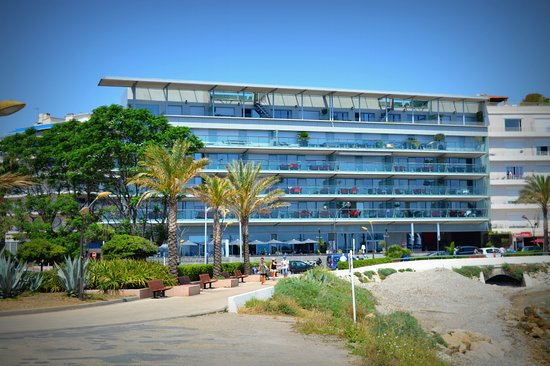Royal Antibes Hotel, Residence, Beach & Spa: Royal Antibes hotel - view from waterfront