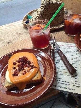 Bar Alfalfa : sangria e bruschetta andalusa