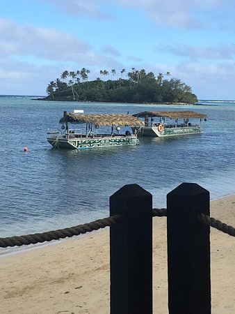Muri Beachcomber: Breakfast view