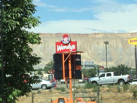 Clifton, CO: Sign.