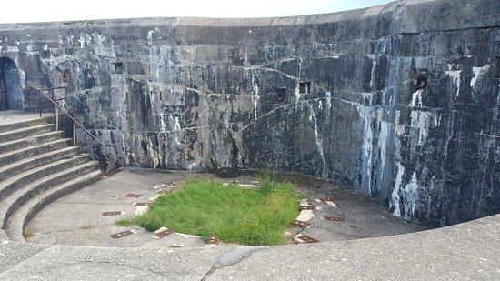 Fort Morgan, AL: Where disappearing gun was
