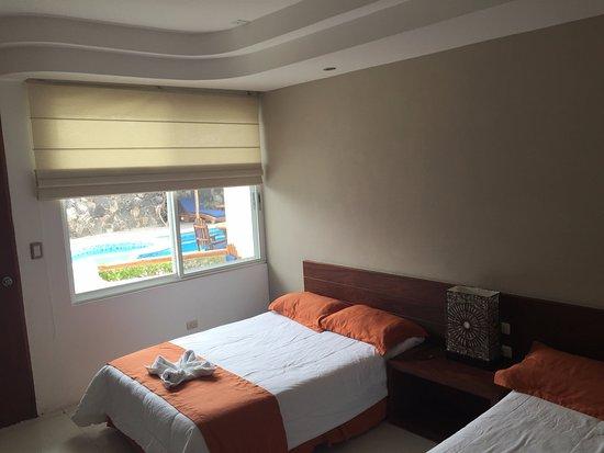 Hotel Ninfa: Habitaciones de planta baja y primer piso