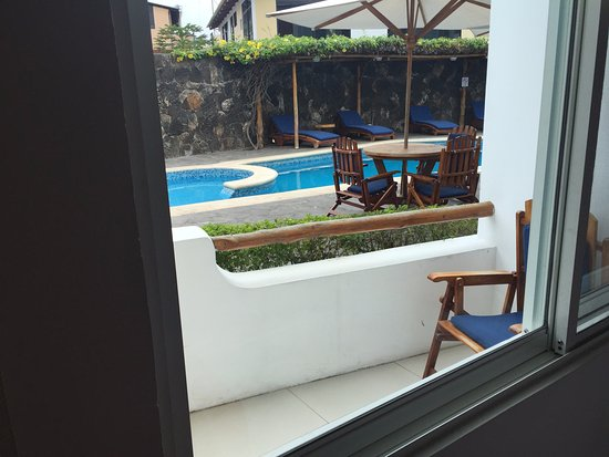 Restaurante fotograf a de hotel ninfa puerto ayora for Hotel piscina habitacion