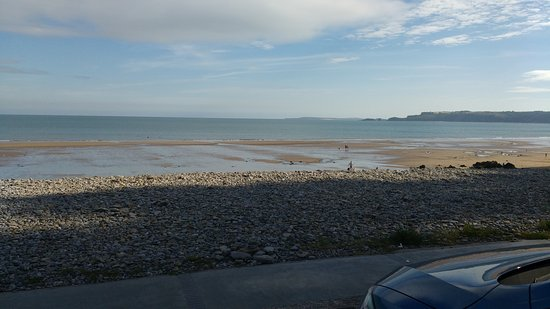 Amroth, UK: The view from the bar!