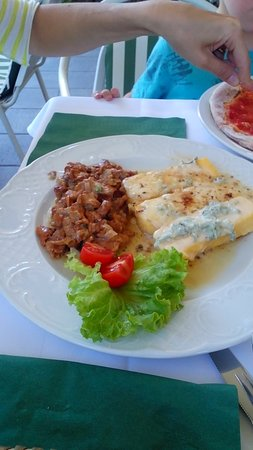 Montagna, İtalya: IMG_20160813_124417_large.jpg