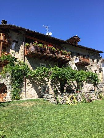 Gignod, İtalya: La Fattoria di Roven