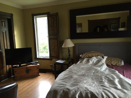 Grandes-Piles, Canada: Geweldig charmant klein hotel. Zeer lieve en meedenkende gastvrouw. En de gastheer kan heerlijk