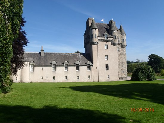 Inverurie, UK: Castle Fraser in the sunshine