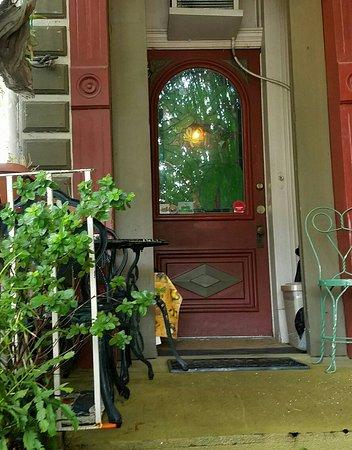 1870 Banana Courtyard French Quarter / New Orleans B&B: 20160814_154543_large.jpg