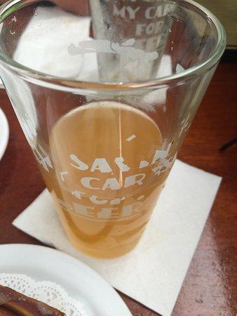 Willimantic, كونيكتيكت: Passion fruit beer,I like it.