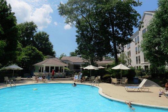 Hampton Inn & Suites Wilmington/Wrightsville Beach: Very nice pool