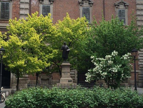 Monumento a Francesco Hayez